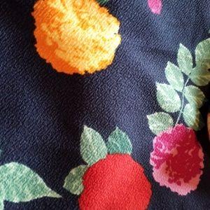 LuLaRoe Skirts - Lularoe Cassie Floral